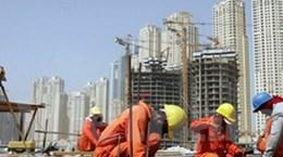 Trung Đông, đại công trường thừa vốn, thiếu thợ
