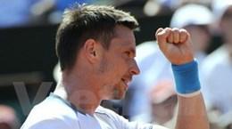 Thắng Berdych, Soderling thẳng tiến vào chung kết