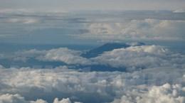 Gặp nạn vì mây dông?
