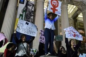 Brazil rúng động với vụ hiếp dâm tập thể, tung clip lên mạng