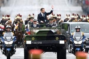 Ông Emmanuel Macron thăm binh sỹ Pháp đóng quân tại Mali