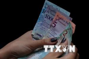 Venezuela áp dụng chuyển đổi tiền tệ tự do trên toàn quốc