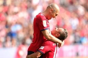 Kết quả: Bayern độc chiếm ngôi đầu, Barca và Real gặp khó