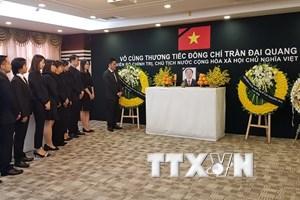 Lễ viếng Chủ tịch nước Trần Đại Quang tại Thượng Hải và Ba Lan
