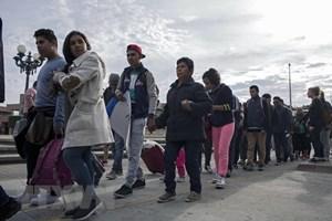Tổng thống Mỹ Trump tuyên bố đưa quân đội bảo vệ biên giới