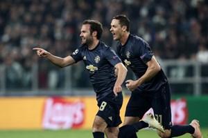 Cận cảnh Manchester United ngược dòng kịch tính trước Juventus