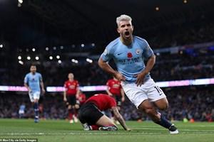 Man City hạ M.U, Premier League chứng kiến điều chưa từng xảy ra
