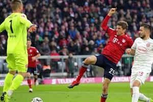 Bayern rơi chiến thắng khó tin, bị Dortmund bỏ xa đến 9 điểm