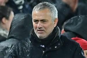 Manchester United phải đền bù bao nhiêu khi sa thải Mourinho?