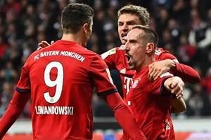Bayern trở lại tốp 2, Bundesliga hứa hẹn kịch tính ở lượt về