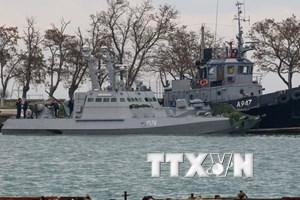 Lãnh đạo Đức, Pháp yêu cầu Nga trả tự do cho thủy thủ Ukraine