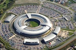 Snowden tiết lộ nghiệp vụ nghe lén điện thoại của tình báo Anh