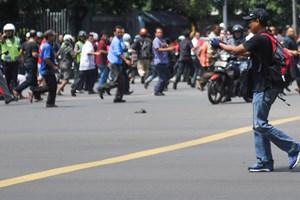 6 điều giúp bạn sống sót khi gặp vụ khủng bố như ở Jakarta, Paris