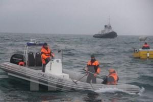 Nga tìm thấy hộp đen của máy bay quân sự Tu-154 rơi xuống biển