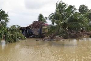 62 tỷ đồng quyên góp và đăng ký ủng hộ đồng bào lũ lụt miền Trung
