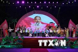"""Chương trình nghệ thuật """"Hồ Chí Minh - Người là niềm tin tất thắng"""""""