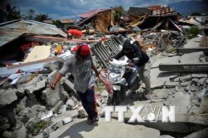 IMF quyên góp ủng hộ các nạn nhân động đất, sóng thần tại Indonesia