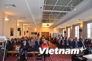 Các diễn giả Pháp ca ngợi thành tựu Đổi mới của Việt Nam