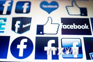 """Facebook giảm mạnh tầm ảnh hưởng, cổ phiếu """"lao dốc"""" tới 24%"""