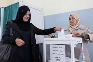 Phụ nữ Algeria tham gia mạnh vào đời sống chính trị, kinh tế, xã hội