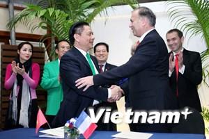 Việt Nam có thể nhập 20.000 xe Renault chạy điện cho dịch vụ taxi
