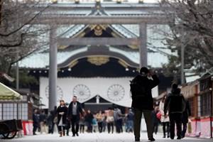 Trung Quốc phản đối bộ trưởng Nhật thăm đền Yasukuni