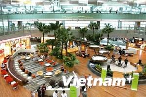 Singapore bắt giữ 2 đối tượng dùng thẻ lên máy bay mua iPhone 7