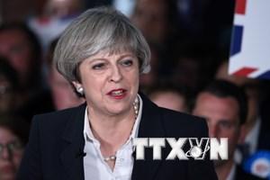 Thủ tướng Anh muốn trục xuất những đối tượng nghi khủng bố
