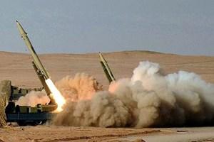 Lãnh đạo Iran tuyên bố dành 300 triệu USD phát triển tên lửa