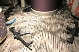 Vụ xả súng tại Las Vegas: Khi giữ súng dễ như giữ... đồ chơi