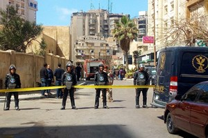 Ai Cập: Đánh bom xe ở Alexandria làm nhiều cảnh sát thương vong