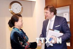 Chủ tịch Quốc hội tiếp Phó Cao ủy Chương trình Đồng bằng Hà Lan
