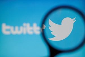 Quảng cáo Twitter giả làm người dùng hoài nghi về truyền thông xã hội