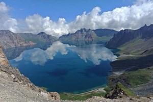 Thượng đỉnh liên Triều: Hai nhà lãnh đạo thăm núi Paeku