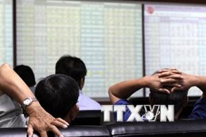 Chứng khoán đỏ sàn, chỉ số VN-Index mất gần 23 điểm phiên đầu tuần