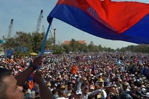 Phe đối lập Campuchia bị cáo buộc vi phạm hiến pháp