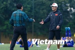 HLV Hữu Thắng sẽ gặp lãnh đạo VFF để tổng kết thất bại SEA Games