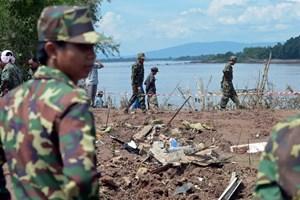 Tìm thấy một phần hộp đen vụ tai nạn máy bay tại Lào