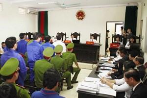 [Photo] Phiên tòa xét xử phúc thẩm vụ án Dương Chí Dũng