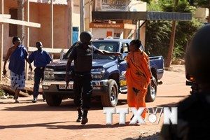 [Photo] Kết thúc giải cứu con tin ở Mali, 27 người thiệt mạng