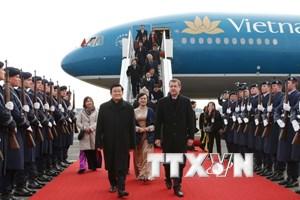 Chủ tịch nước đến Berlin, bắt đầu thăm cấp nhà nước CHLB Đức