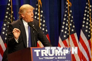 Chính giới Mỹ phản ứng trước phát biểu của D.Trump sau vụ xả súng