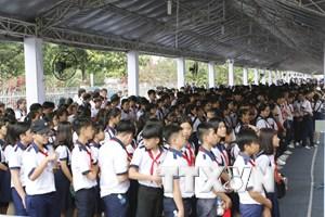 [Photo] Hàng ngàn người dân tiễn đưa nguyên Thủ tướng Phan Văn Khải