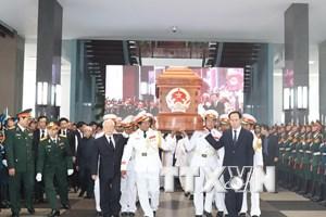 [Photo] Tiễn đưa nguyên Thủ tướng Phan Văn Khải về nơi an nghỉ