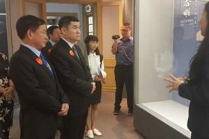 'Theo dấu chân Bác' thúc đẩy giao lưu văn hóa hữu nghị Việt-Trung