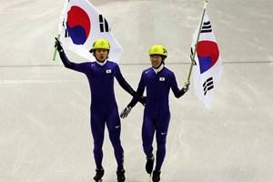 Chùm ảnh Victor Ahn khiến người Hàn Quốc đau đớn