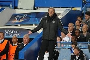 Jose Mourinho ngả mũ thán phục Atletico sau thảm bại