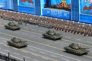 [Video] Cận cảnh xe tăng T-14 Armata và T-90 qua Quảng trường Đỏ