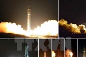 Mỹ lên tiếng về vụ tên lửa Triều Tiên bay gần máy bay chở khách