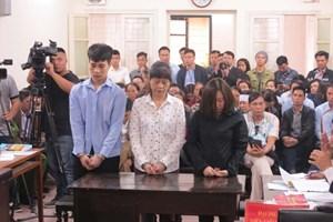 Chủ quán karaoke cháy làm 13 người chết bị đề nghị 10-11 năm tù